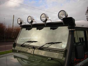 Lightbar für Defender für 4 Scheinwerfer