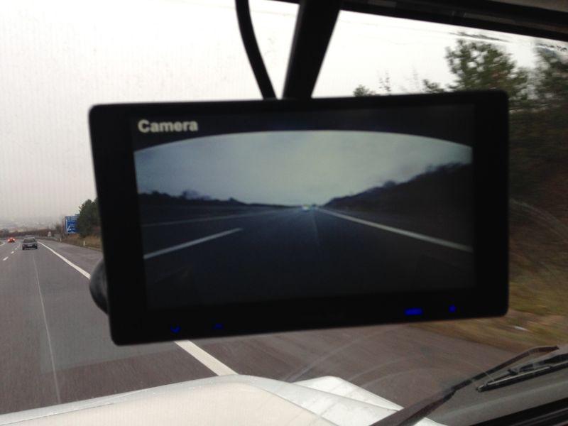 r ckfahrkamera system mit monitor statt innenspiegel. Black Bedroom Furniture Sets. Home Design Ideas