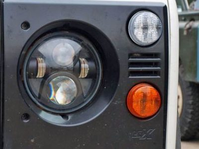 """LED Hauptscheinwerfersatz ( re + li ) 7"""" für Land Rover Defende"""